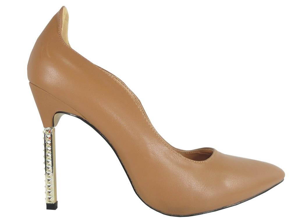Beige bodily matt pins khaki boots - 1