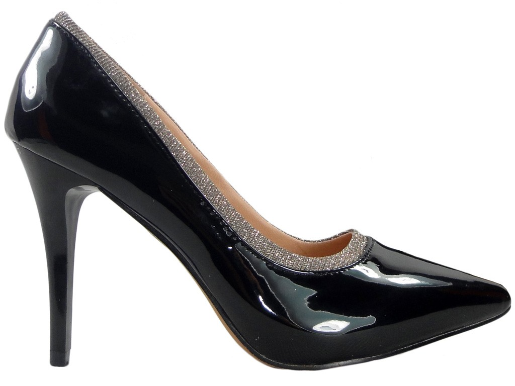 Black pins lacquered ladies' shoes - 1