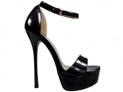 Black sandals on a platform with a diced belt - 1