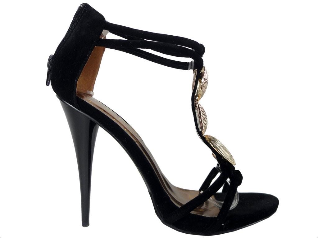 Schwarze Sandalen auf hohem Absatz mit Knöchelriemen - 1