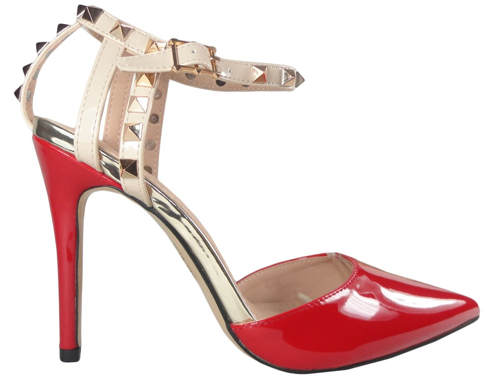 Red pins with ankle strap - 1