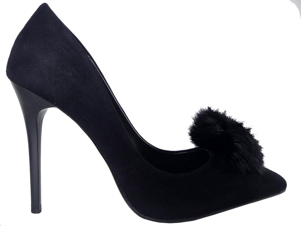 Schwarze High Heels aus Wildleder mit Quaste - 1