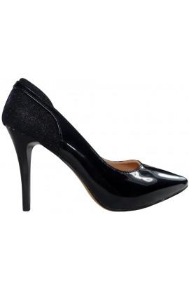 Czarne szpilki czółenka błyszczące piękne buty
