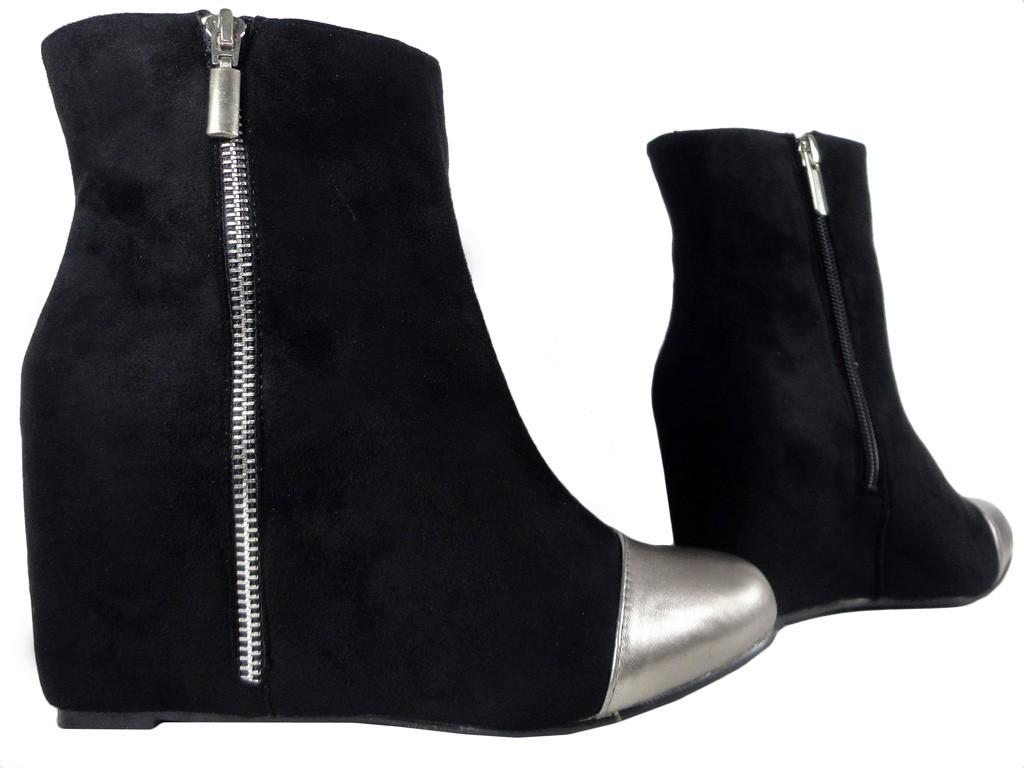Cudowna Zamszowe czarne botki na koturnie buty - KOKIETKI TX16