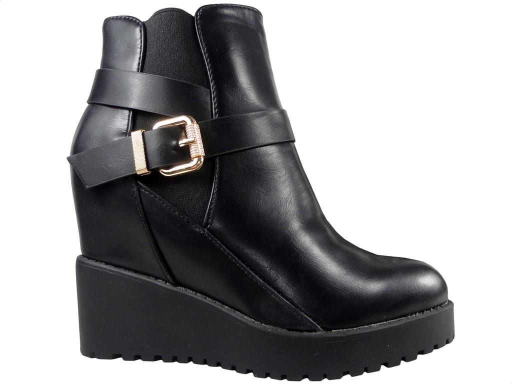 5c158a860abac Czarne buty botki damskie na koturnie - KOKIETKI