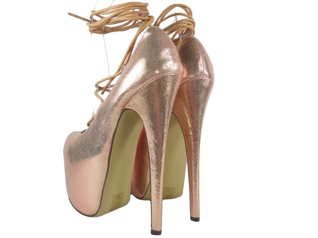 Złote wiązane szpilki na platformie high heels Sklep KOKIETKI