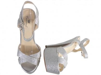 Srebrne sandały brokatowe