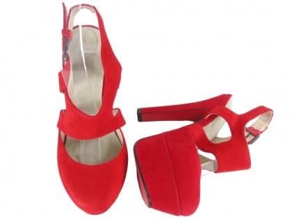 Sandały czerwone