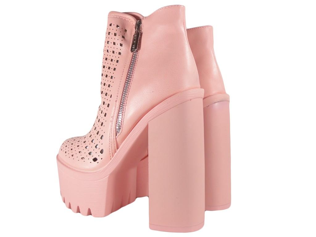 08cdedb84ad43 Różowe botki; Różowe botki ażurowe; Stylowe buty damskie; Buty damskie na  słupku