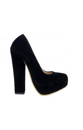 Czarne szpilki na słupku buty zamszowe