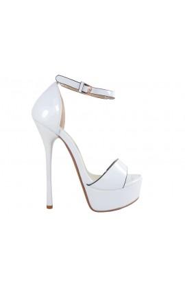 Szpilki z paskiem w kostce białe sandały ślub
