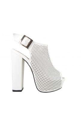 Ażurowe białe sandały botki na słupku