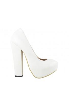 Białe szpilki na platformie matowe buty na słupku