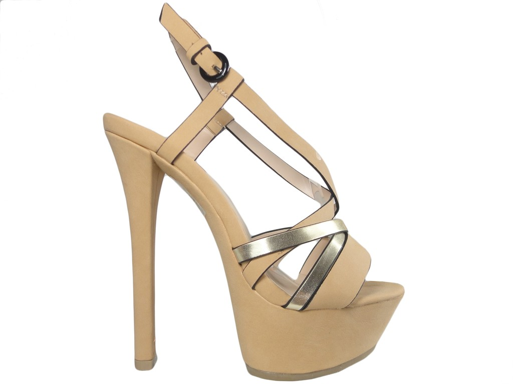Beżowe sandały na szpilce buty na platformie
