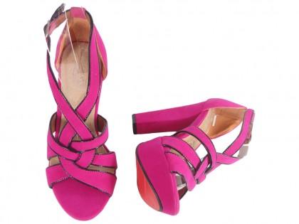 Różowe sandały na platformie buty na słupku letnie