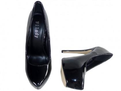 Czarne buty na platformie wysokie damskie