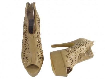 Beżowe ażurowe sandały damskie zabudowane - 2