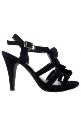 Czarne zamszowe sandały na szpilce stylowe buty
