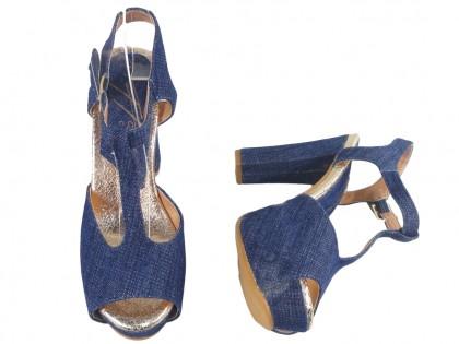 Jeans blue sandals on the pole's platform - 2