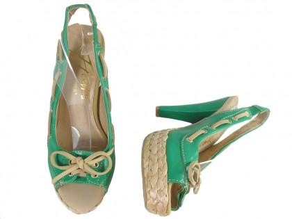 Zöld platformos szandál magas sarkú cipővel - 2