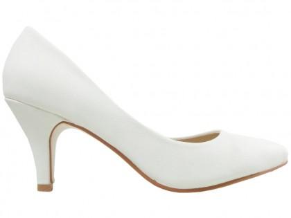 ff76b857 Białe czółenka matowe eko skóra buty ślubne ...