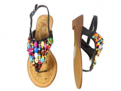 Czarne sandały damskie na koturnie koraliki