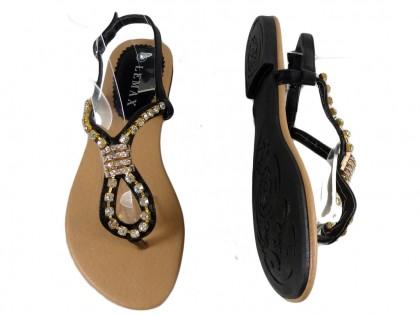 Czarne płaskie sandały damskie z cyrkoniami