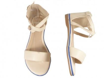 Beżowe sandały damskie z paskiem w kostce płaskie
