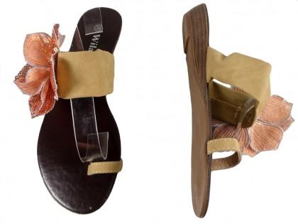 Beżowe klapki damskie płaskie buty japonki
