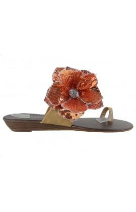 Beżowe klapki damskie na koturnie buty japonki