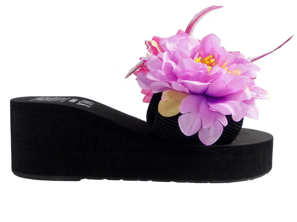 Black ladies' flip-flops with feather anchors - 1