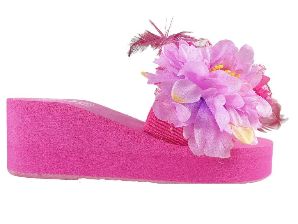 Pink flip-flops for women with feather anchors - 1