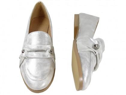 Srebrne płaskie buty