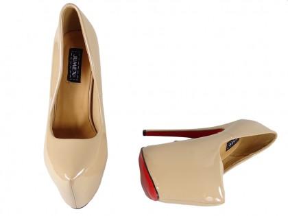 Buty na platformie lakierowane eko skóra