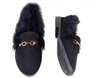 Płaskie buty damskie wygodne z futerkiem