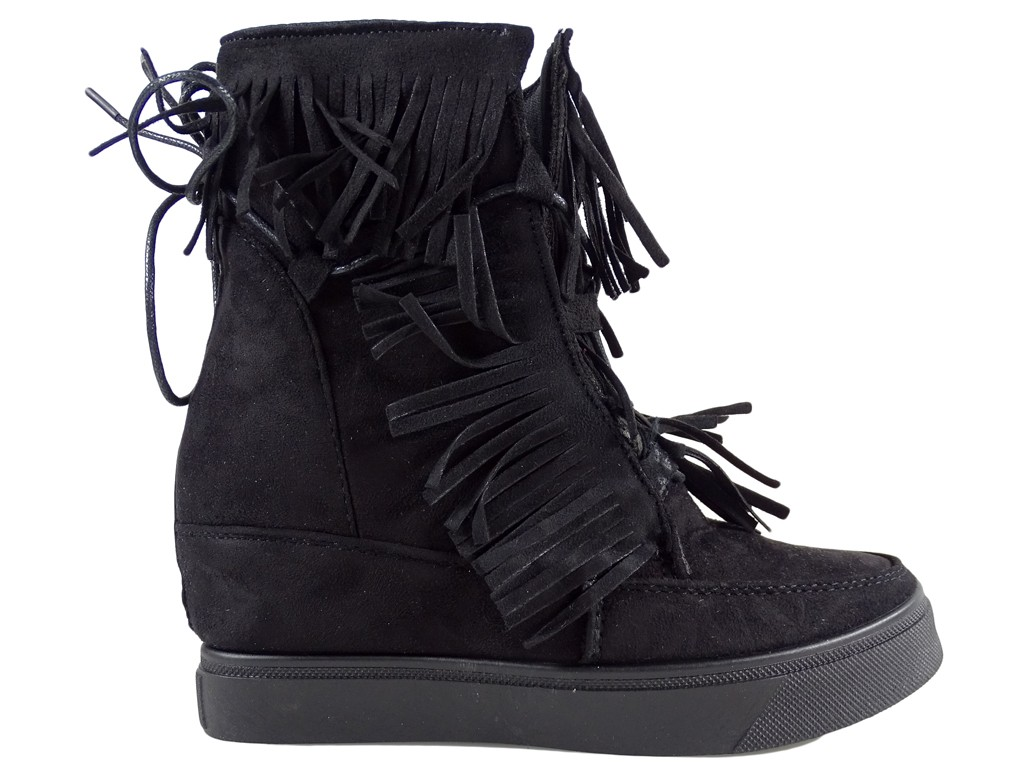 Ladies' boots on the tasseled sole - 1
