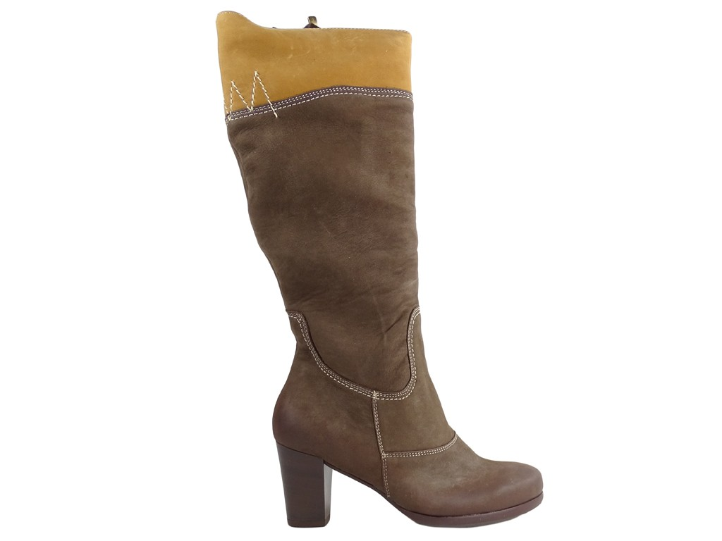 Brown ladies' boots on a pole leather - 1