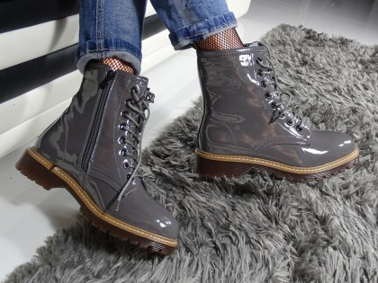 Trapery damskie lakierowane buty szare