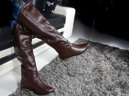 Flat ladies' boots eco leather brown - 2