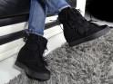 Ladies' boots on the tasseled sole - 2