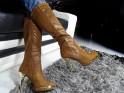 Brązowe kozaki na szpilce buty platformy