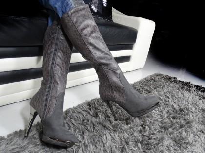 Szare kozaki na szpilce buty platformy