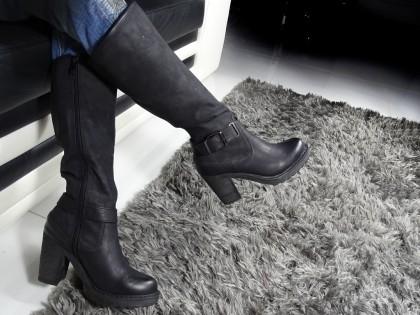 Fekete női csizma az oszlopon, ekológikus bőr velúr - 2
