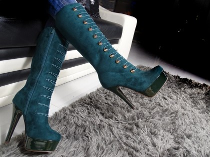 Ladies' boots on the platform green suede - 2