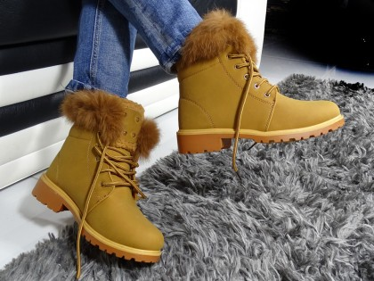 Ciepłe buty płaskie damskie