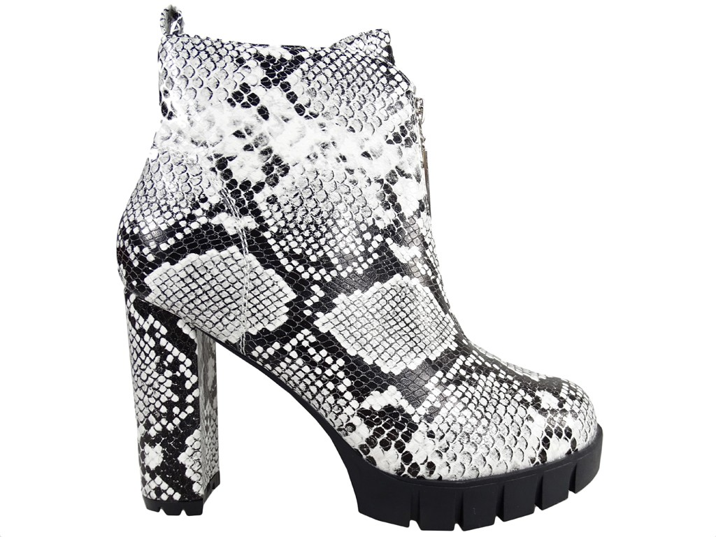 Boots on pole black and white snake eco leather - 1