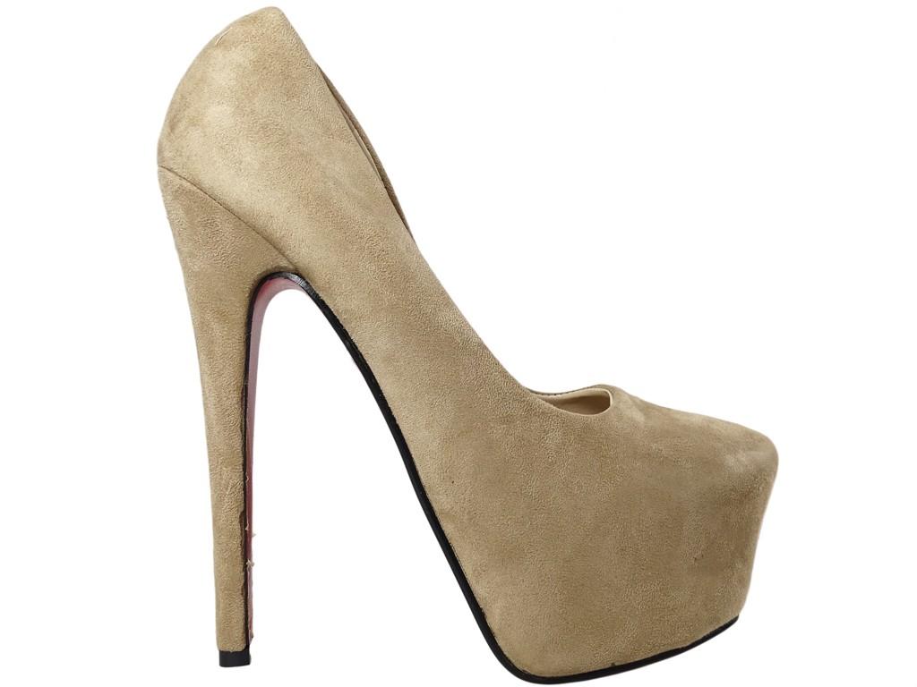 Beige khaki pins on the platform ladies' shoes - 1
