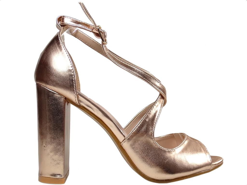 Złote sandały na słupku eko skóra buty damskie