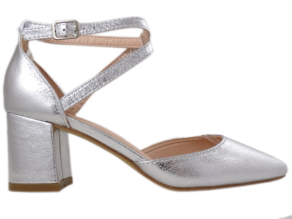 Silver low female shuttles with ankle strap - 1