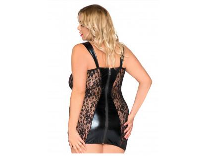 Fekete ruha csipkével, mint a bőr nedves megjelenése - 2